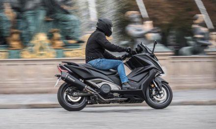 Scooter : KYMCO ÉTEND LA GARANTIE DE L'AK 550 À TROIS ANS